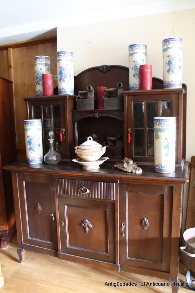 Muebles antiguos antiguedades el anticuario trujillo for Muebles antiguos alfonsinos